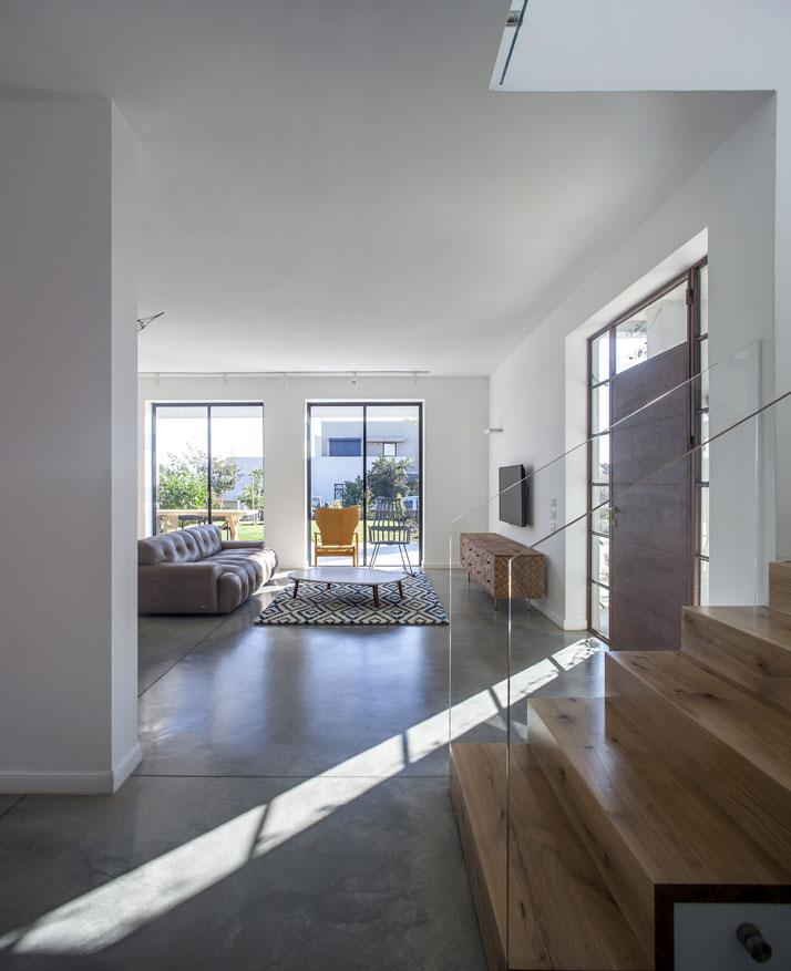 13_Kibbutz_House_by_Henkin_Shavit_Studio_yatzer