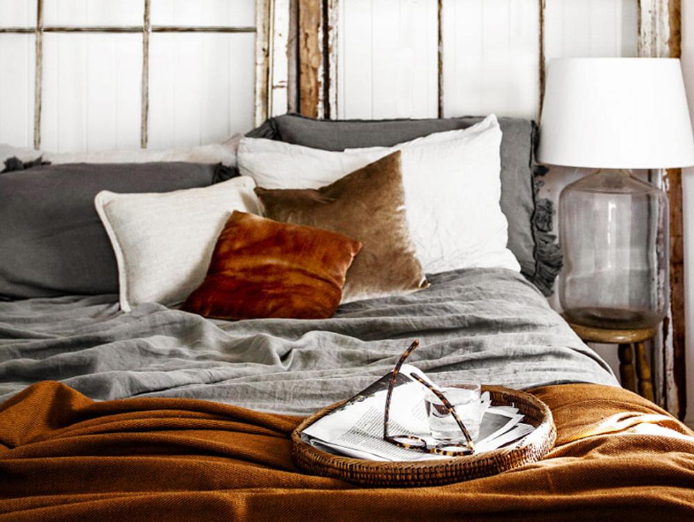 Få et soveværelse i varme nuancer af brun