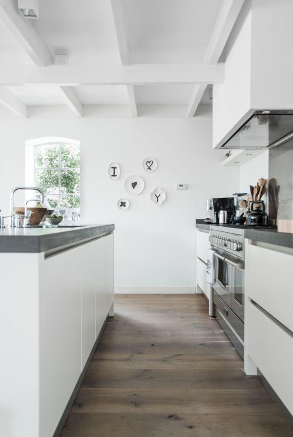 Altomindretning_køkkenindretning_materialer_beton_træ_8