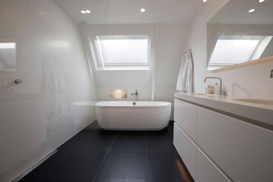 Inspiration til indretning af badeværelse med store gulvfliser