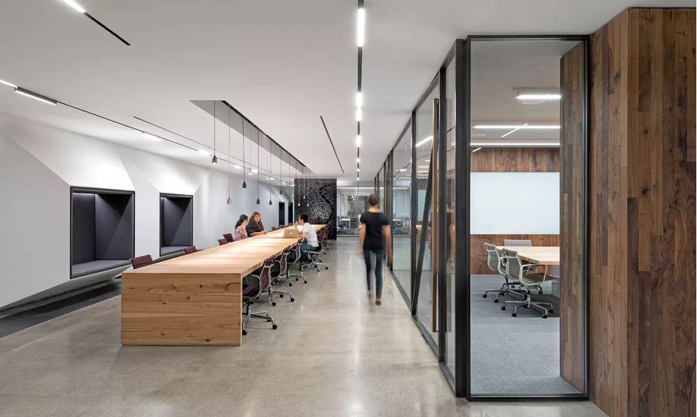 På besøg_inspiration kontor_indretning_innovativ_altomindretning