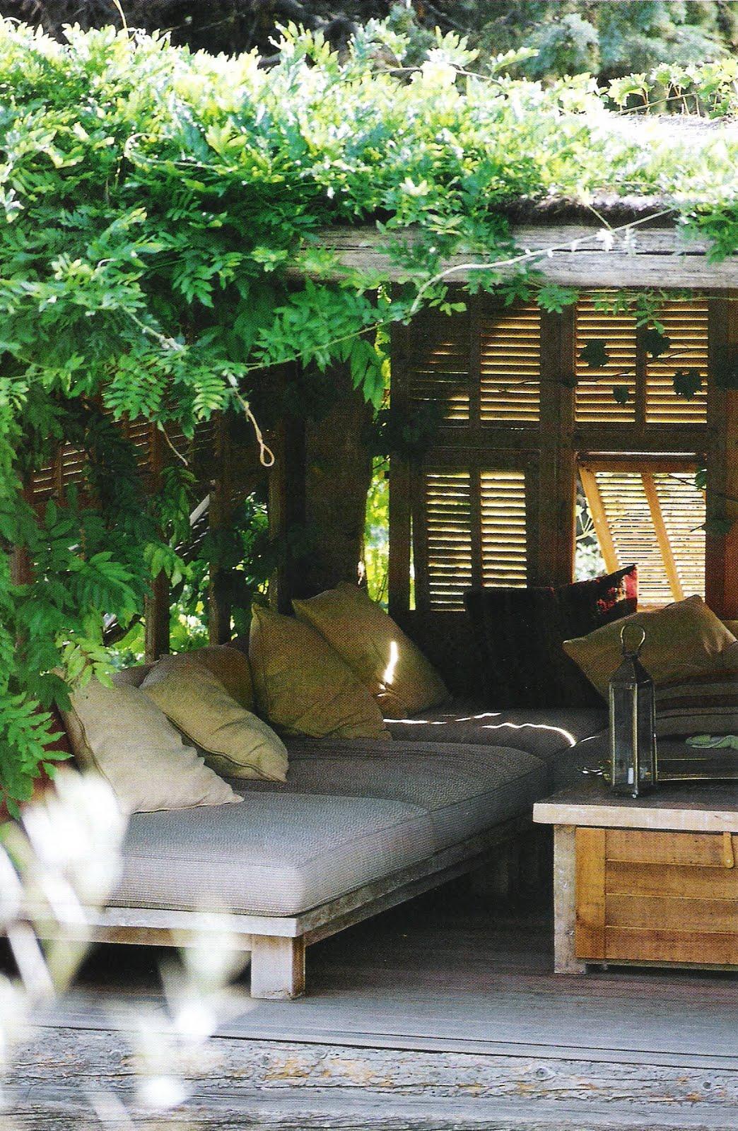 Diy havemøbler bygget af paller   boliginspiration